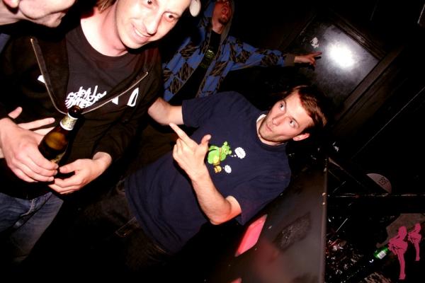 2008 ebk hvem håndtegn moments