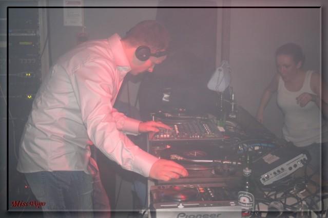 78 jungle bells 16dec2005